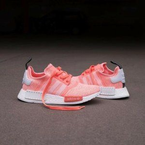 AUTHENTIC adidas NMD_R1 Runner Sun Glow Peach Pink